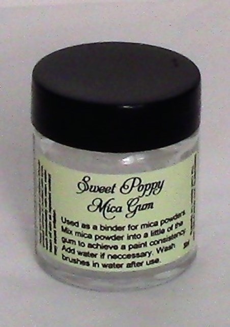 Sweet Poppy Stencil: Mica Gum 30ml