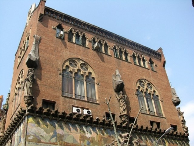 Catalan Architecture: Revisiting Barcelona - Sweet and Savoring