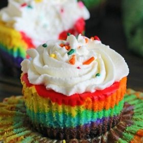 Mini Rainbow Cheesecakes