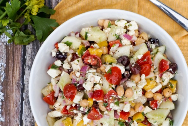 Mediterranean Chickpea Salad with Vinaigrette