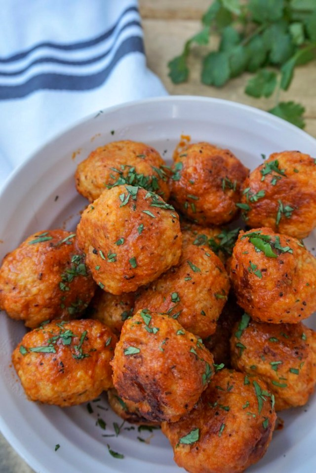 Game Day Appetizer Slow Cooker Buffalo Chicken Meatballs