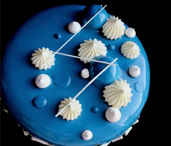 Blueberry, Lemon Curd and Meringue Cake - Frozen Entremet