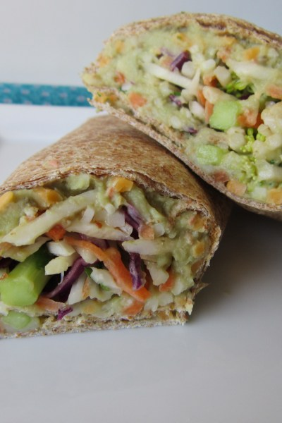 Sammich Saturday: Creamy Avocado & White Bean Wraps