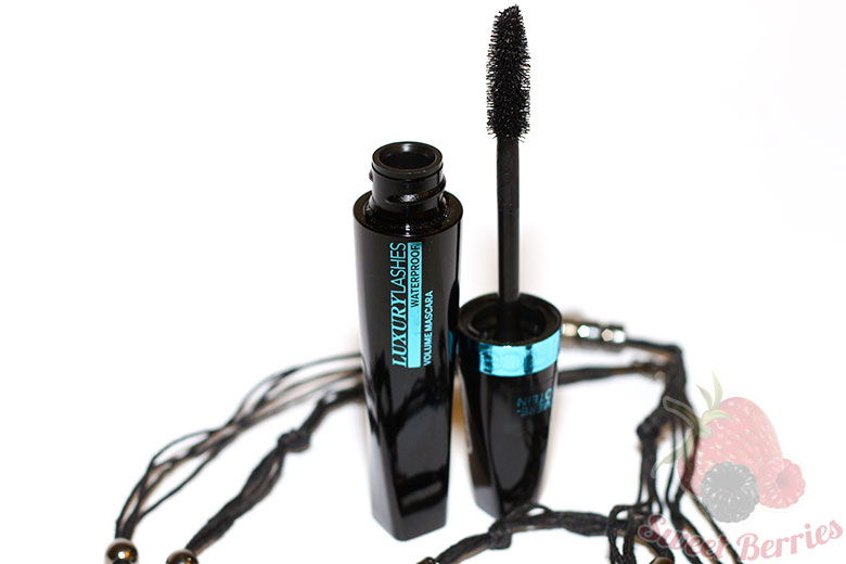 Тушь для ресниц Luxury Lashes Volume Mascara Waterproof от Catrice