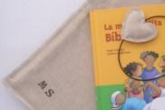 Biblia infantil con funda. 23x30cm. 42,90€.