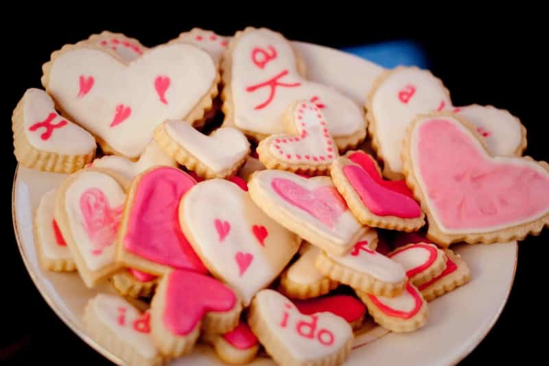 >Decorated Sugar Cookies- Wedding Style!
