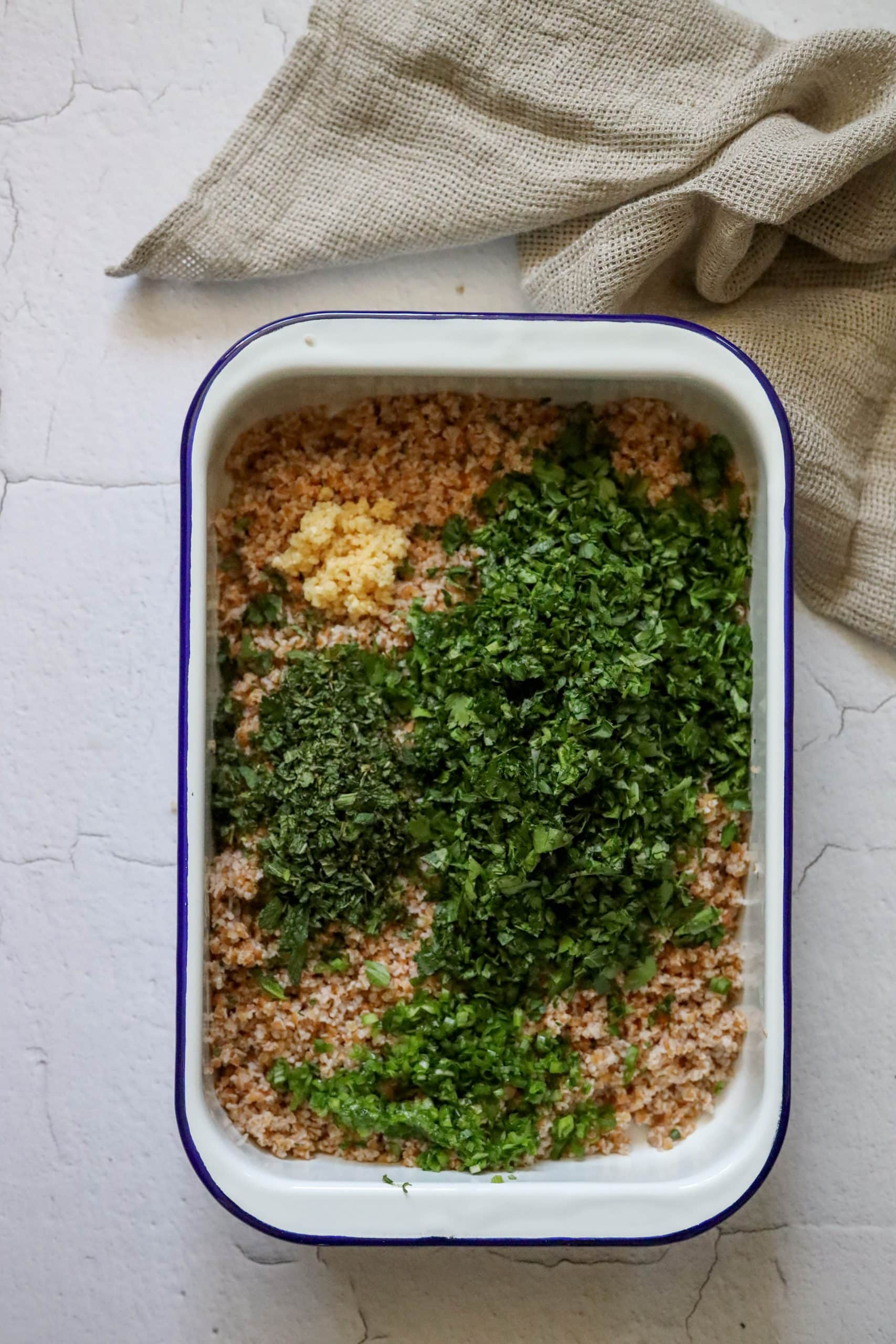 picture of bulgur with parsley mint green onion and garlic
