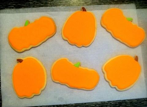 blank pumpkin cookies