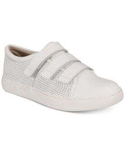 SALE! $15.16 (Reg $79.00) Kenneth Cole Reaction Women's Jovie Sneakers