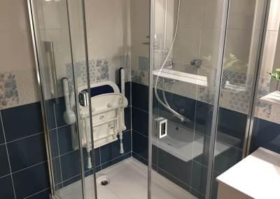 Nouvelle salle de bains pour un couple Senior