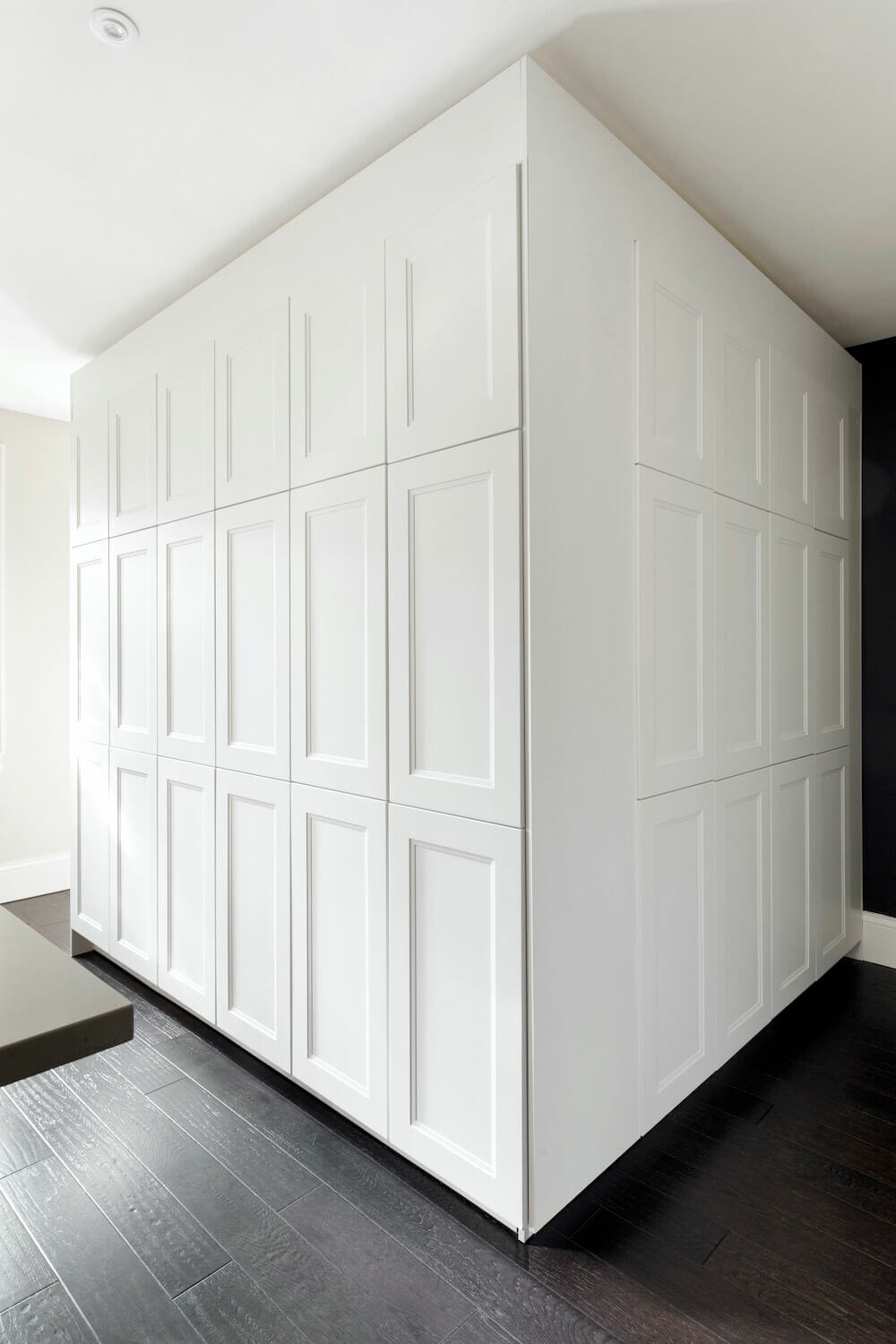 7 full wall kitchen cabinets an