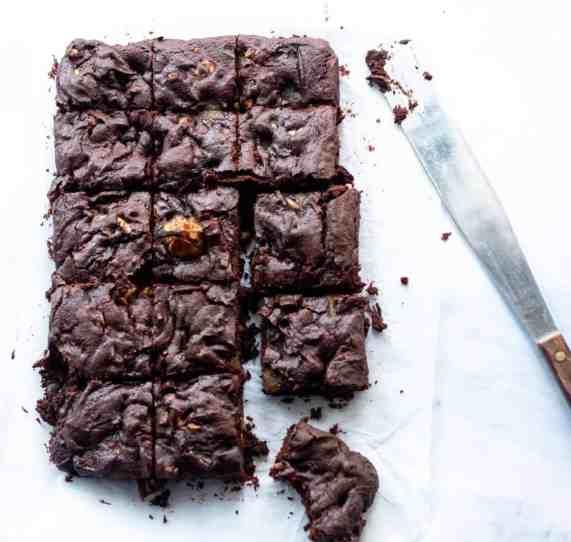 Best Pear and Walnut Vegan Brownies Recipe