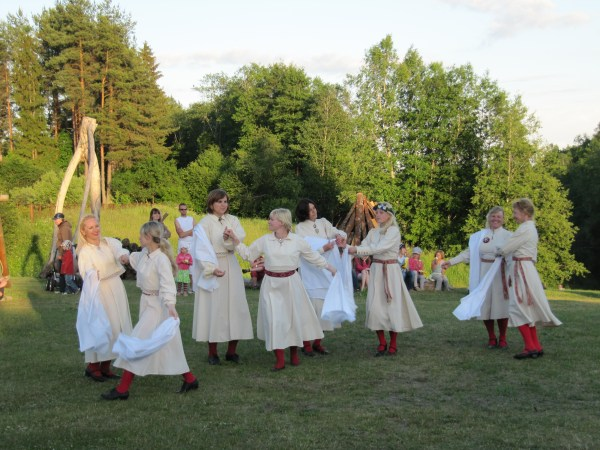 Jaanipäev aka St.John's Day aka Midsummer/Summer Solstice ...