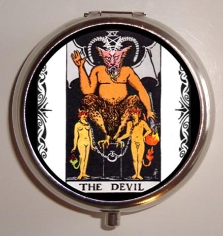 the-devil-tarot-card-pill-case-done
