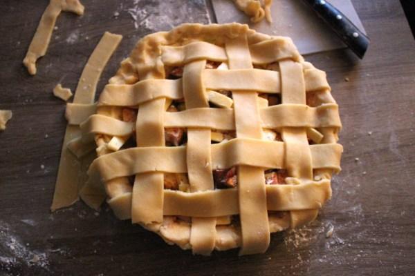 Tucking edges on apple pie crust