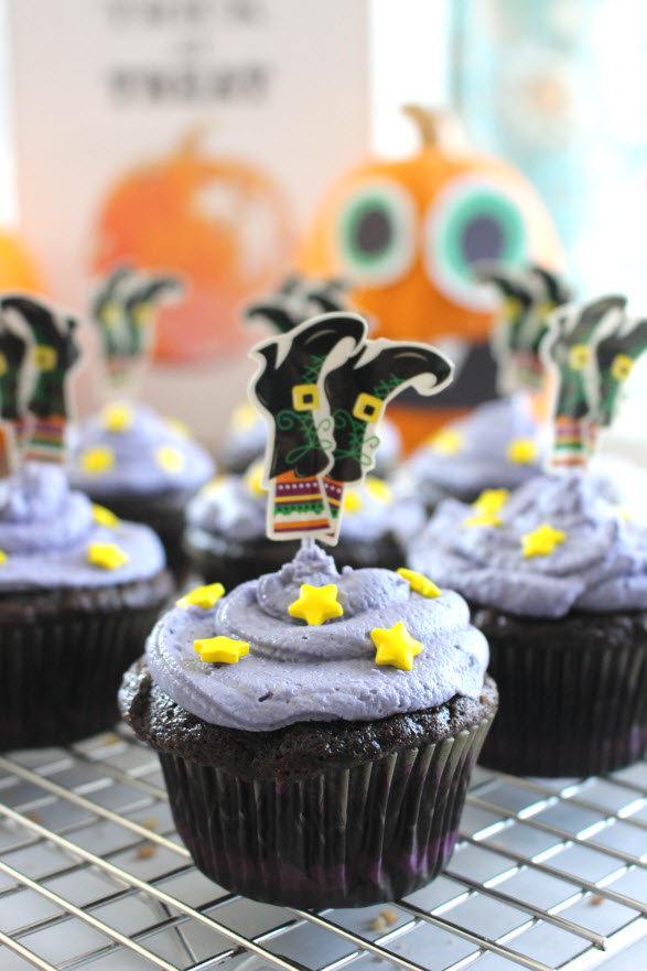 Witch Themed CupcakesWitch Themed Cupcakes