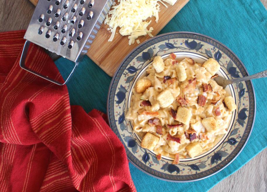 Jack Daniel's Bacon Macaroni and Cheese
