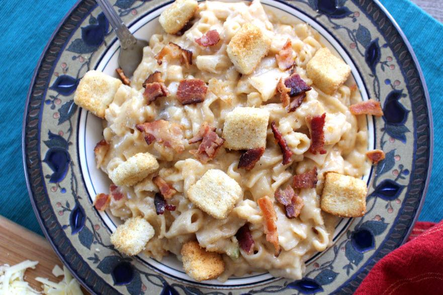 Easy Jack Daniel's Bacon Macaroni and Cheese Recipe