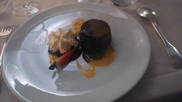 Dessert : fondant chocolat-passion