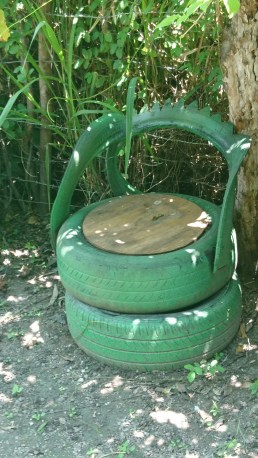 Tyre Chair Smurfs Cafe