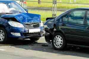 4 Injured in Multi-Car Collision on R Street [Merced, CA]