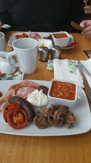 breakfast at coolings garden centre