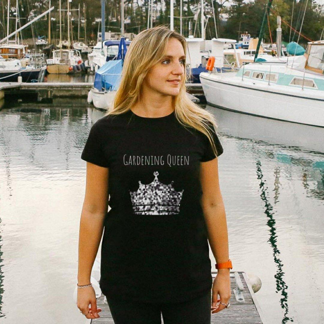 gardening queen t-shirt