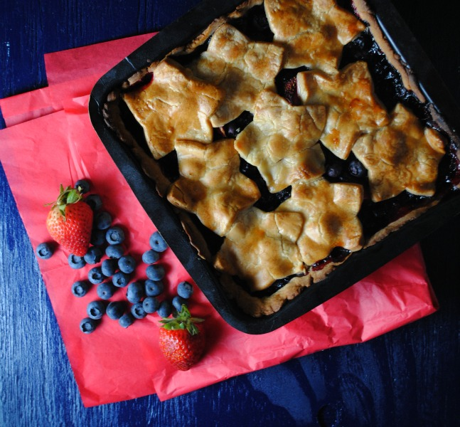 Easy Summer Berry Pie