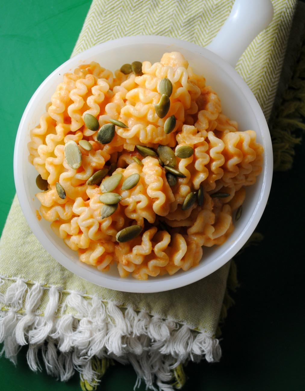 creamy-pumpkin-pasta-sauce-VianneyRodriguez