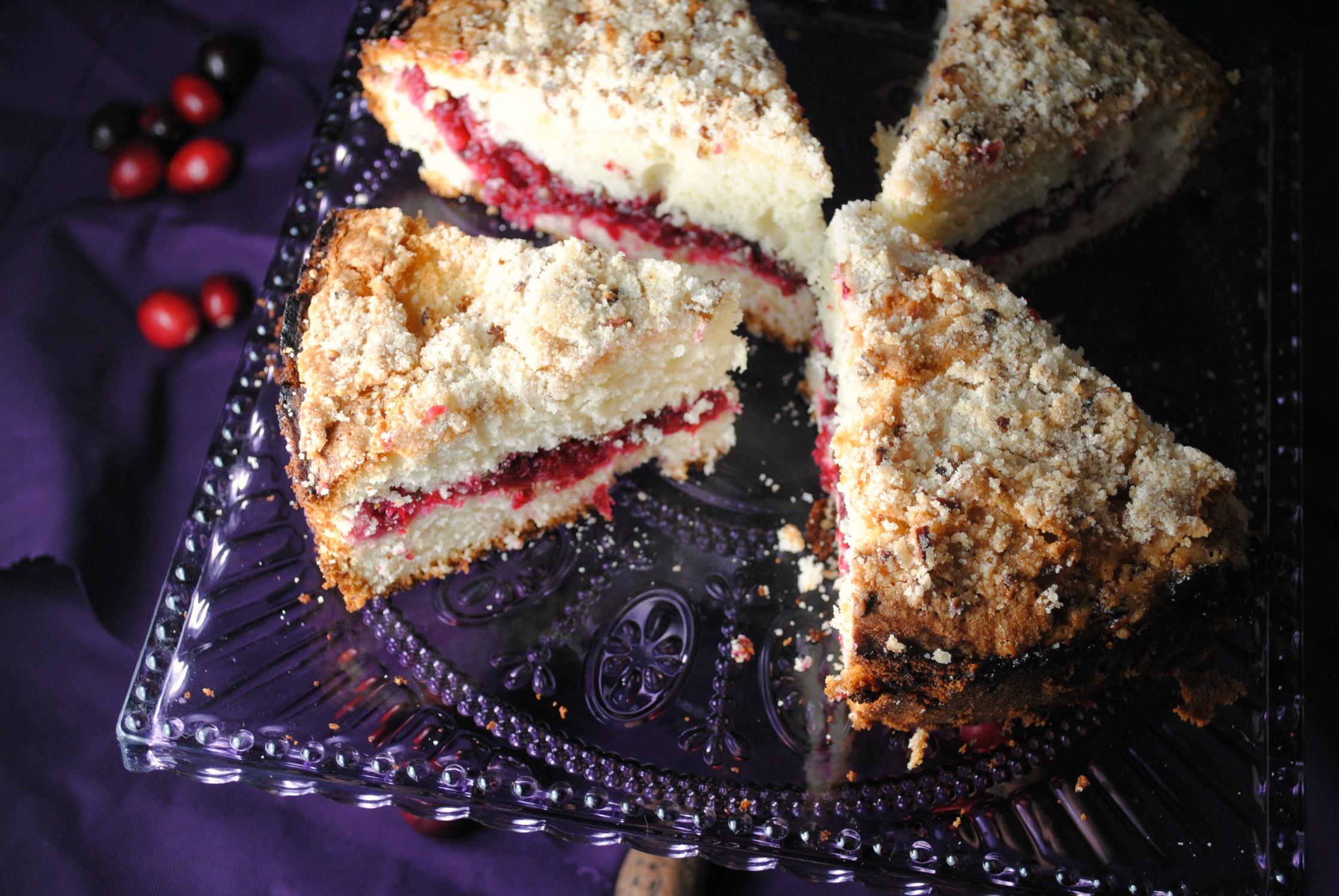 cranberry-coffeecake-VianneyRodriguez