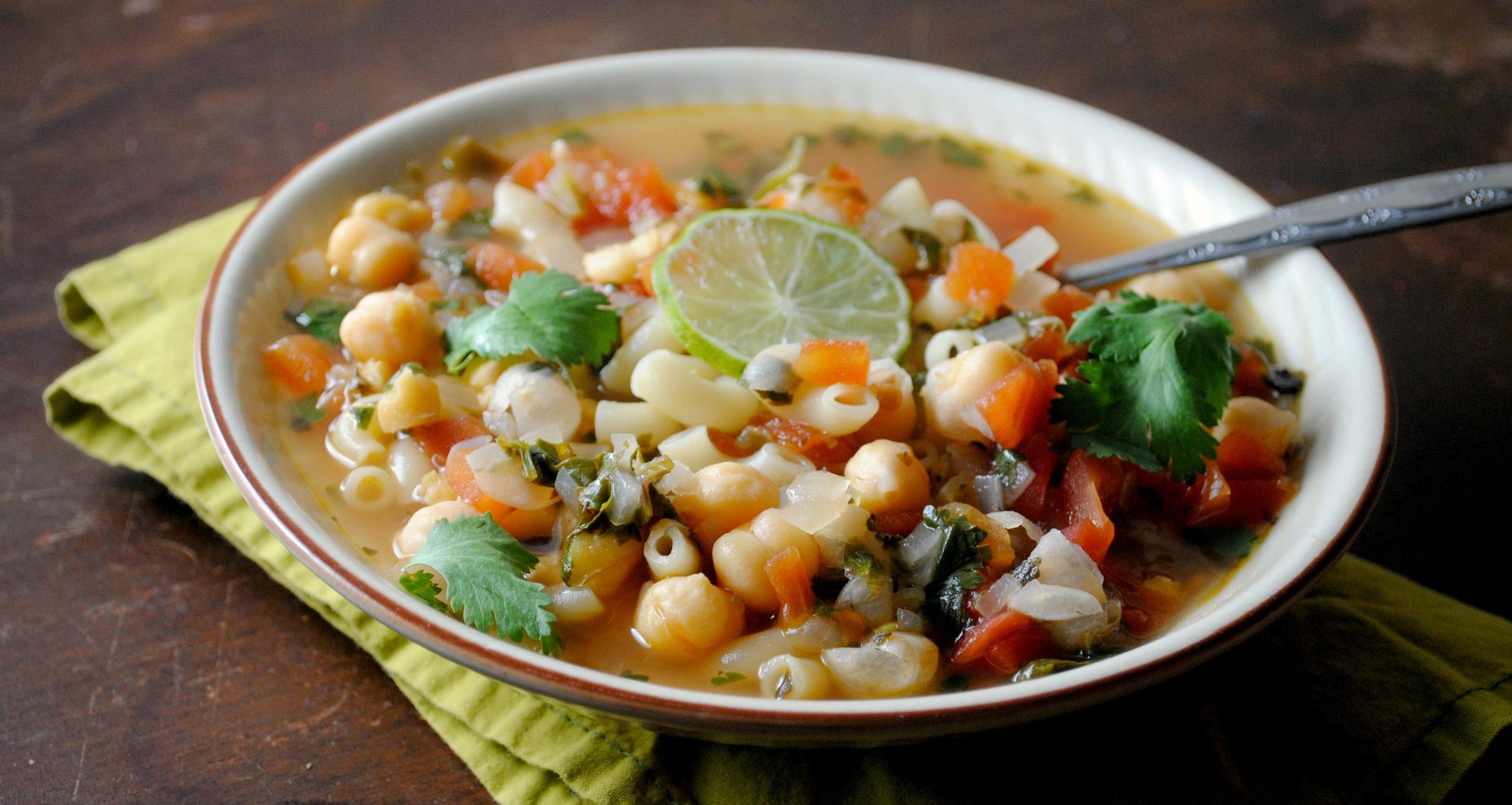 garbanzo-soup-VianneyRodriguez-sweetlifebake