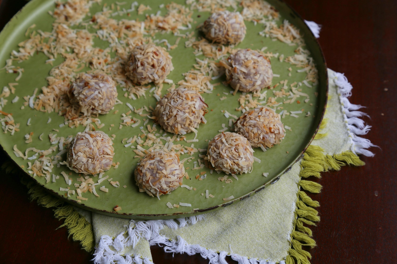white-chocoalte-truffles-VianneyRodriguez-sweetlifebake