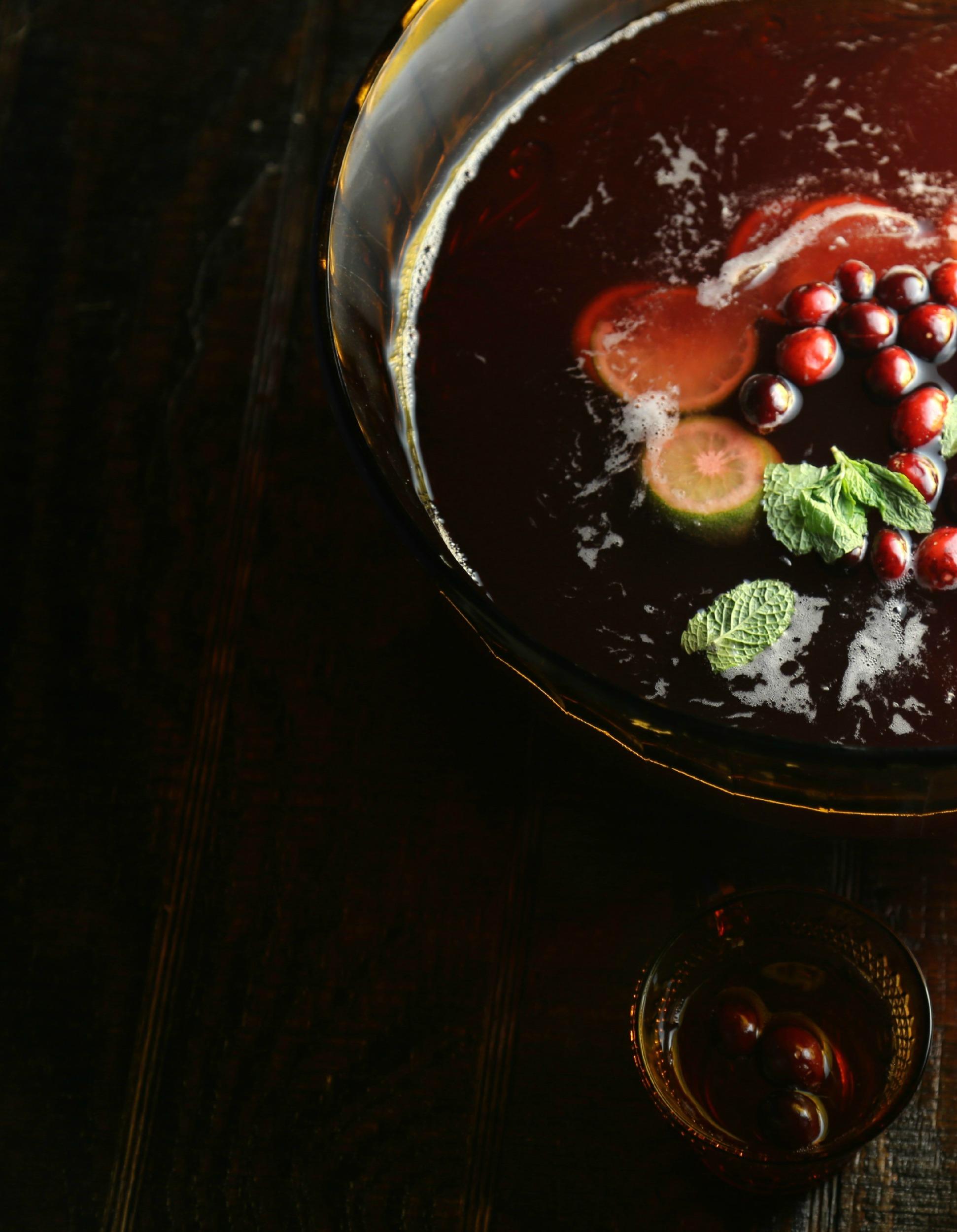 cranberry-pisco-punch-vianneyrodriguez-sweetlifebake