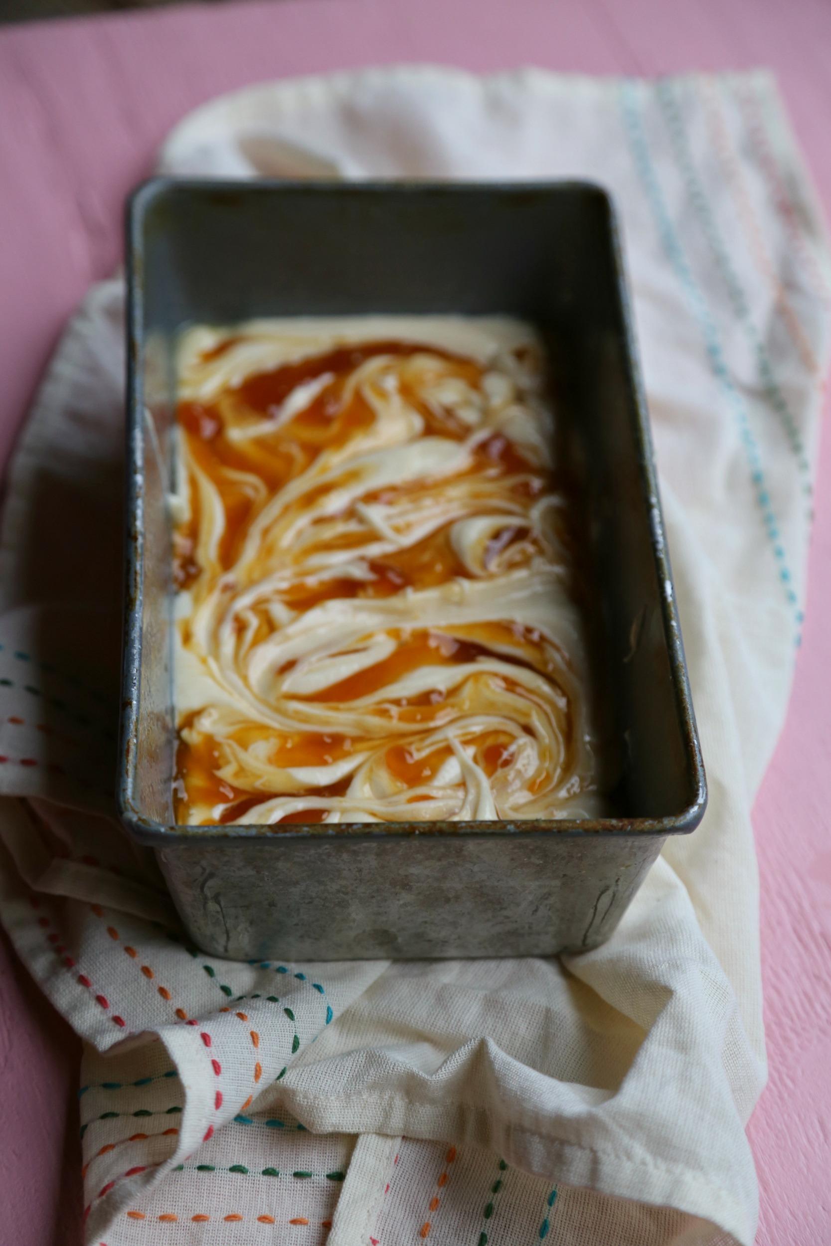 guava-pound-cake-guava-swirl-cake-sweetlifebake-vianneyrodriguez