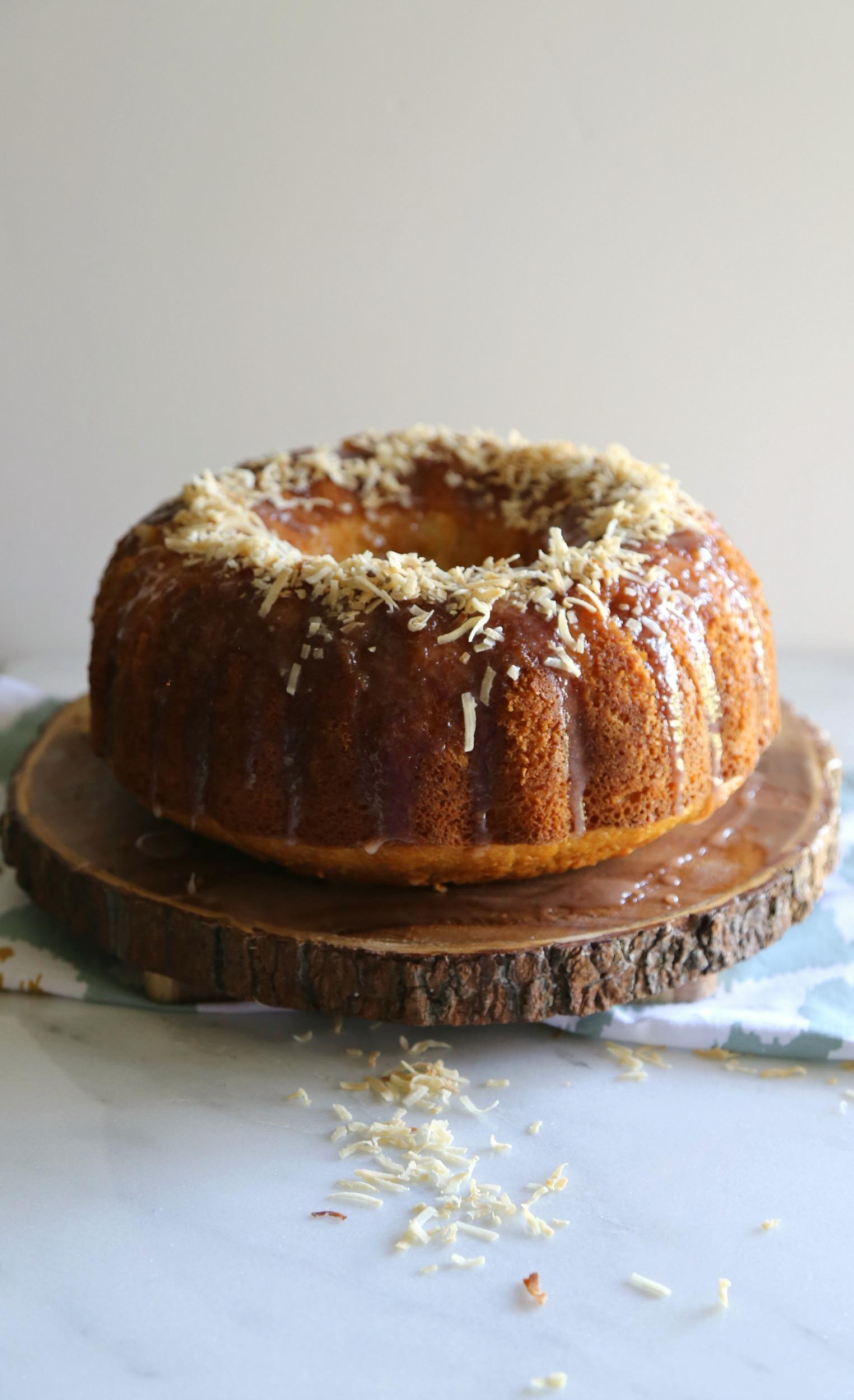 coconut-sweetened-condensed-milk-bundt-cake-vianneyrodriguez-sweetlifebake