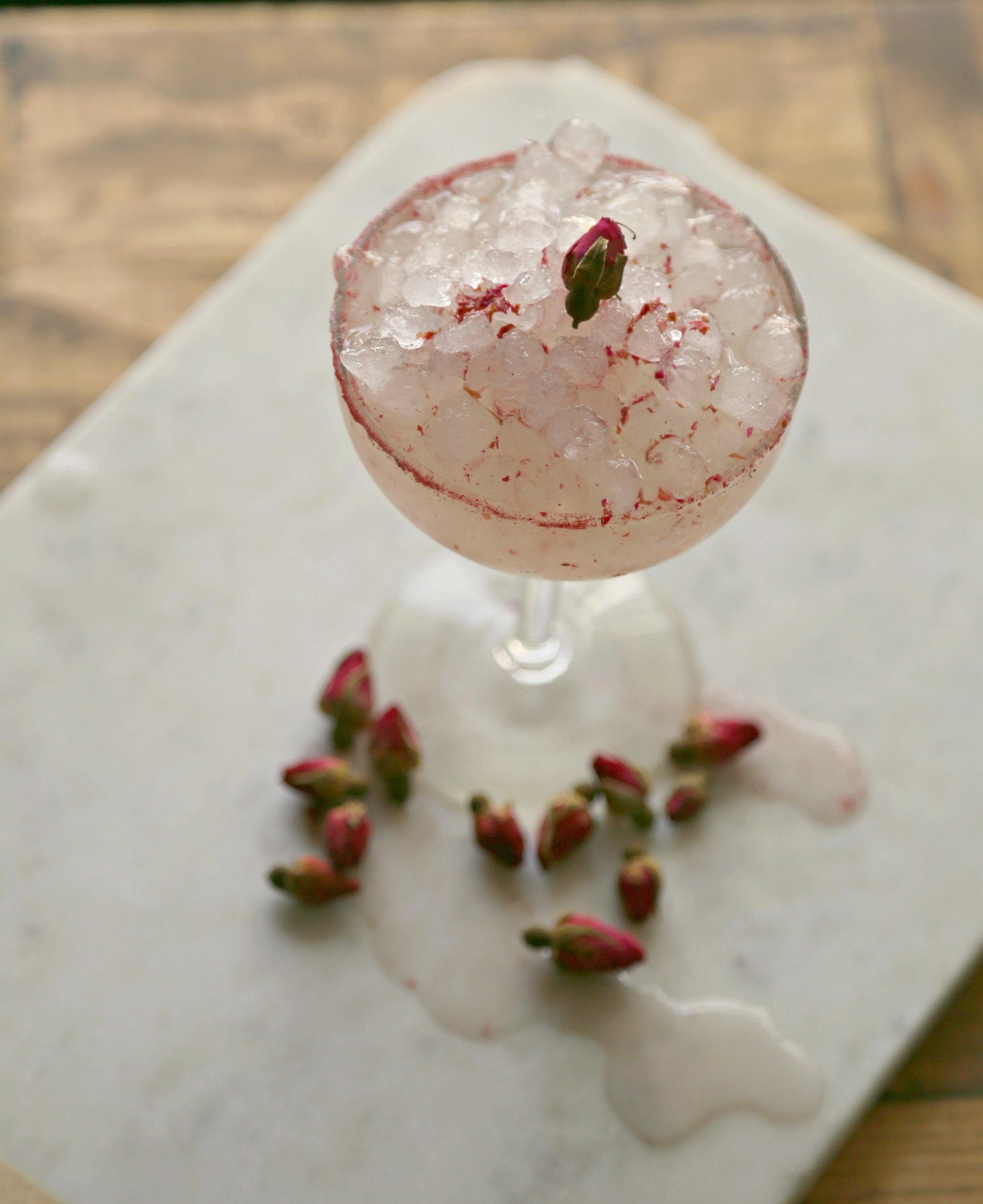 rose-margarita-rose-salt-rim-tequila-vianneyrodriguez-sweetlifebake
