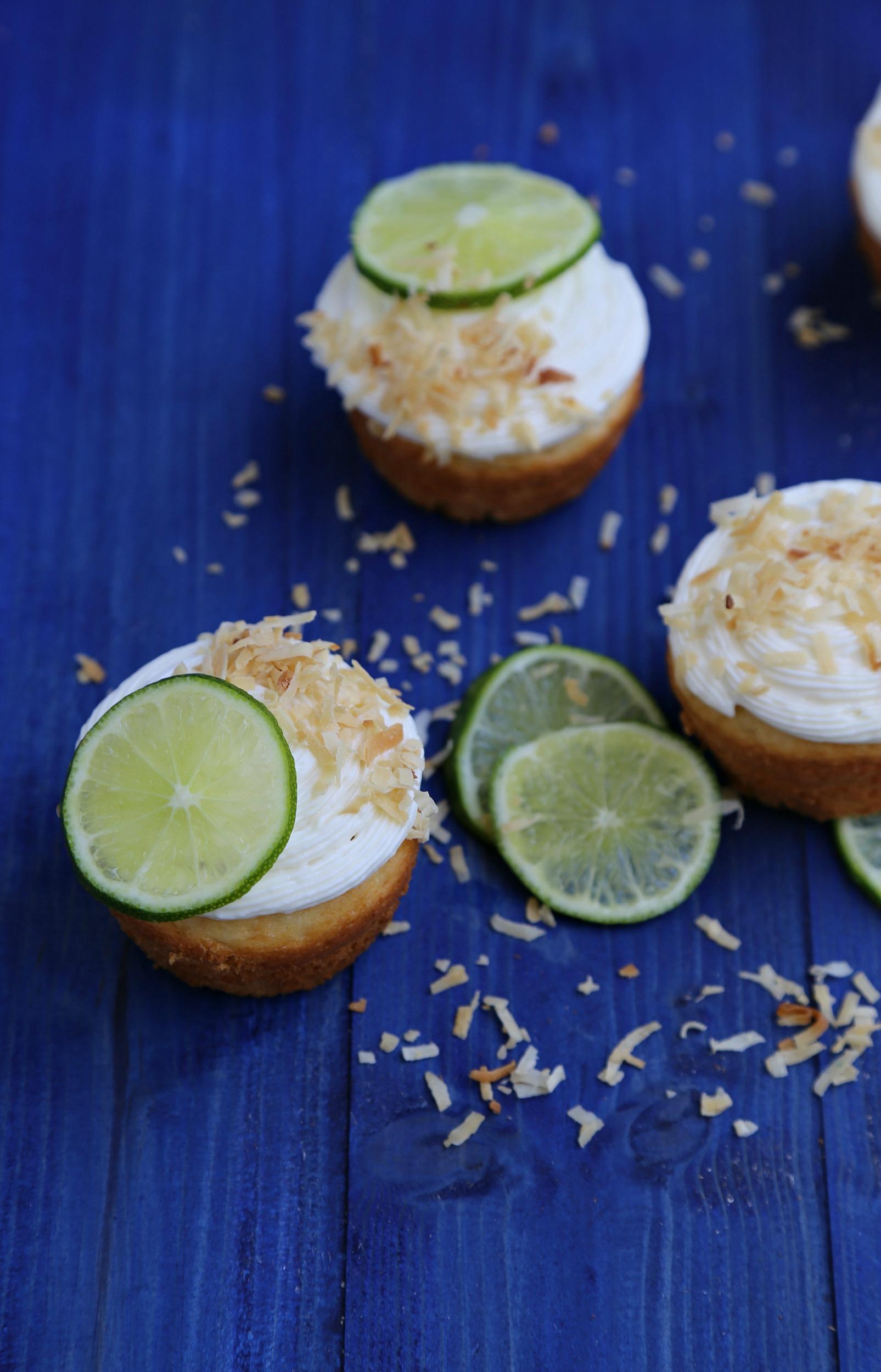 coconut-lime-cupcakes-vianneyrodriguez-sweetlifebake