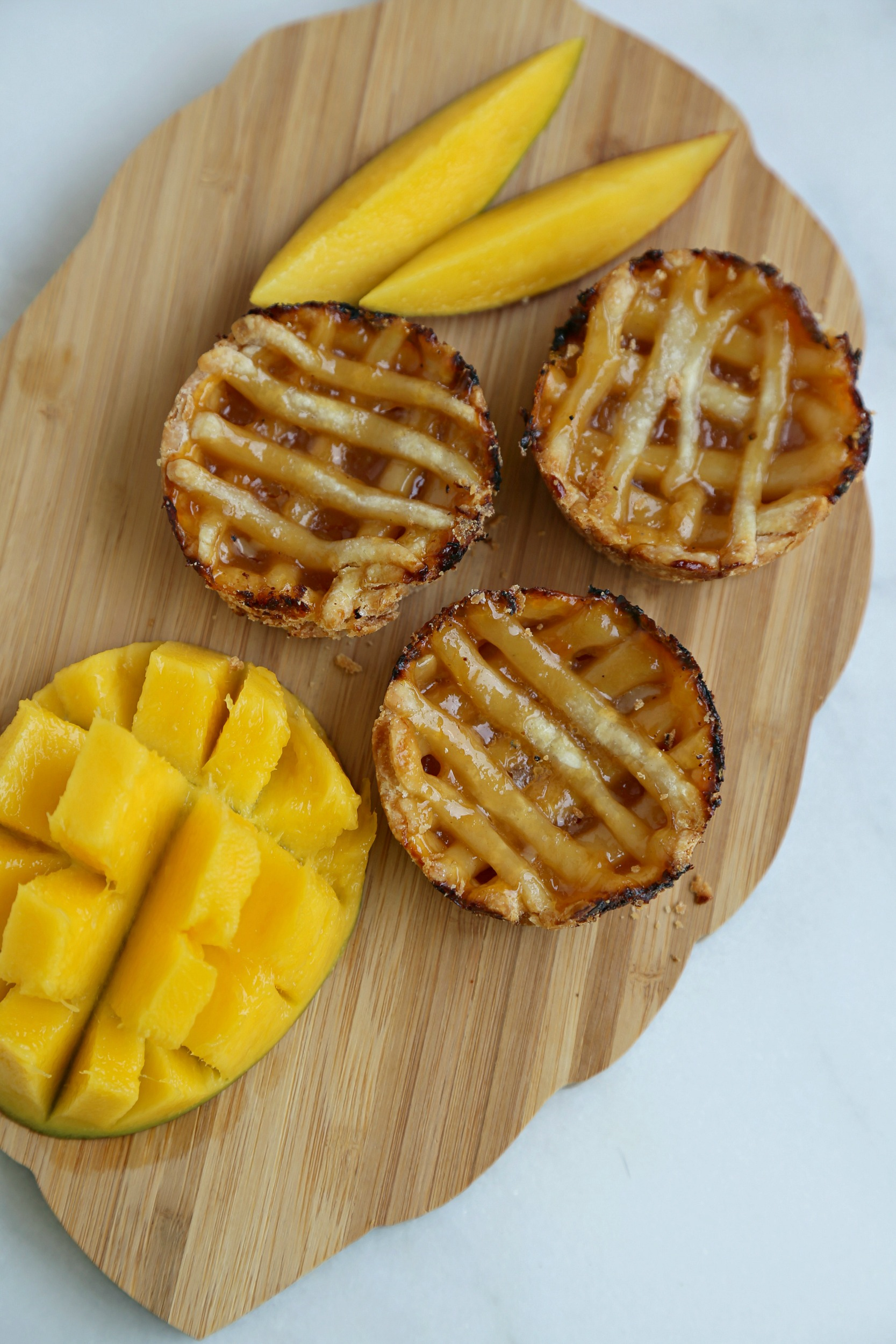 mini-mango-pies-bakingrecipe-vianneyrodriguez-sweetlifebake