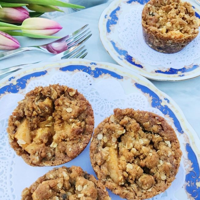 Apple Crumble Cups