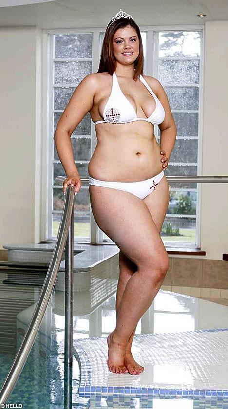 chloe marshall white bikini pool
