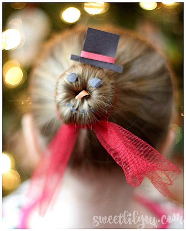 Snowman Bun Christmas Hair