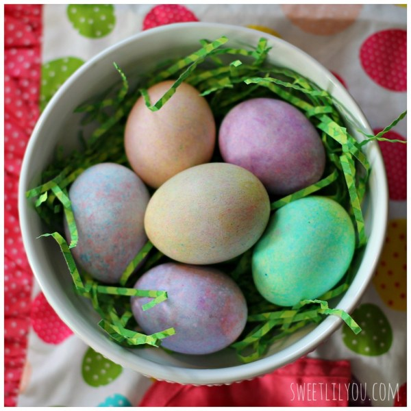 Easy Speckled Easter Eggs