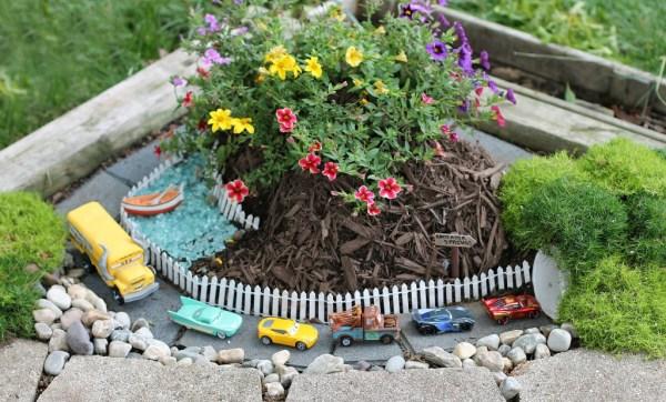 DIY Race Car Garden Outdoor car track