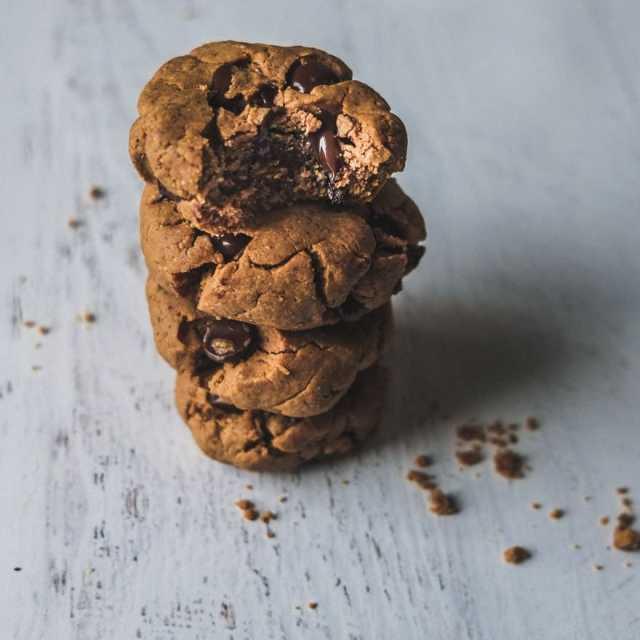 Chai Chocolate Chip Cookies (Paleo)