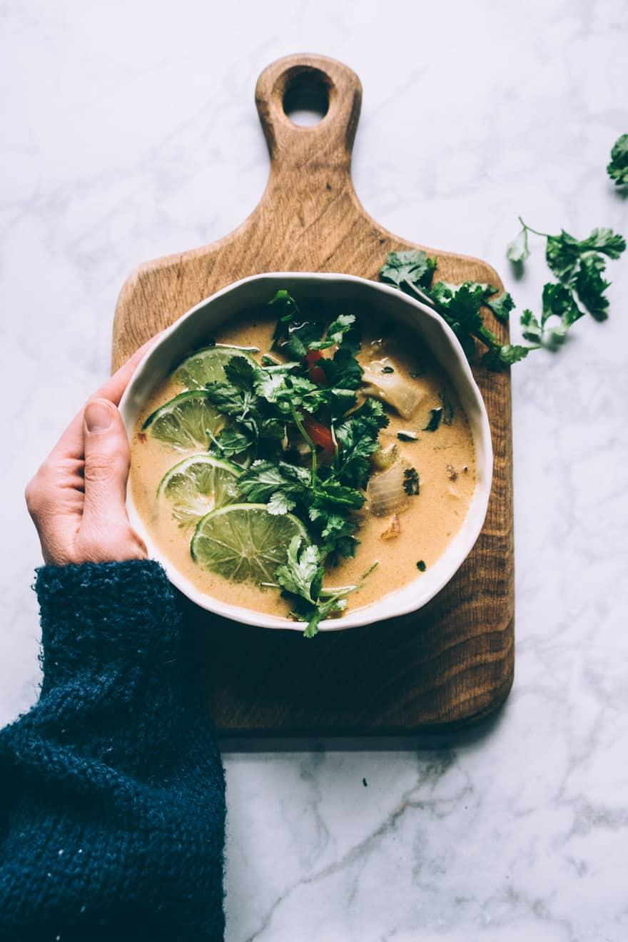 thai coconut cauliflower soup #vegan #paleo #whole30