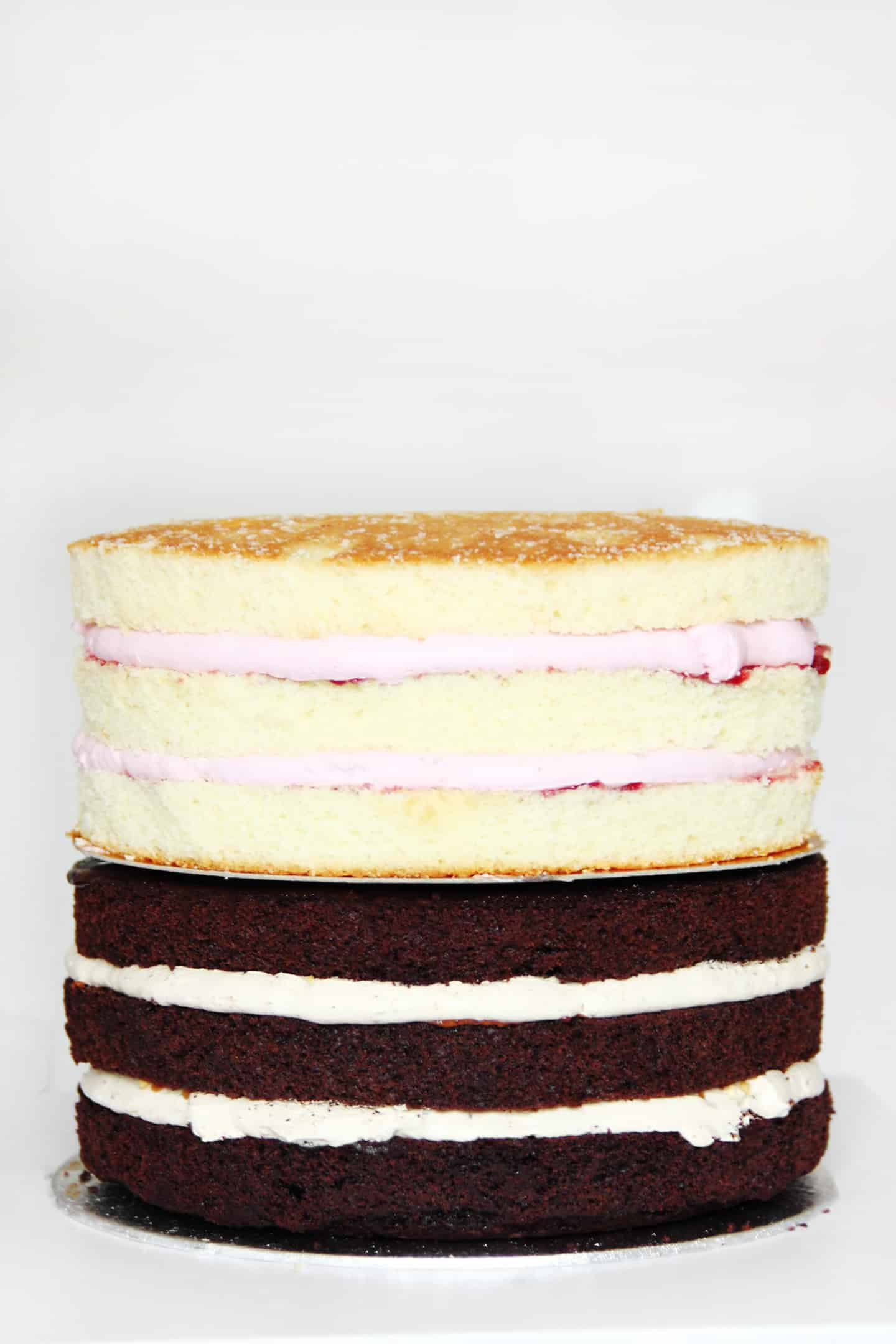 how to stack a layer cakes