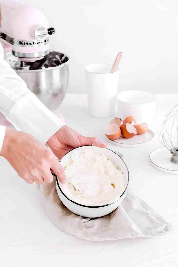 Recette facile du glaçage crème au beurre meringue Suisse