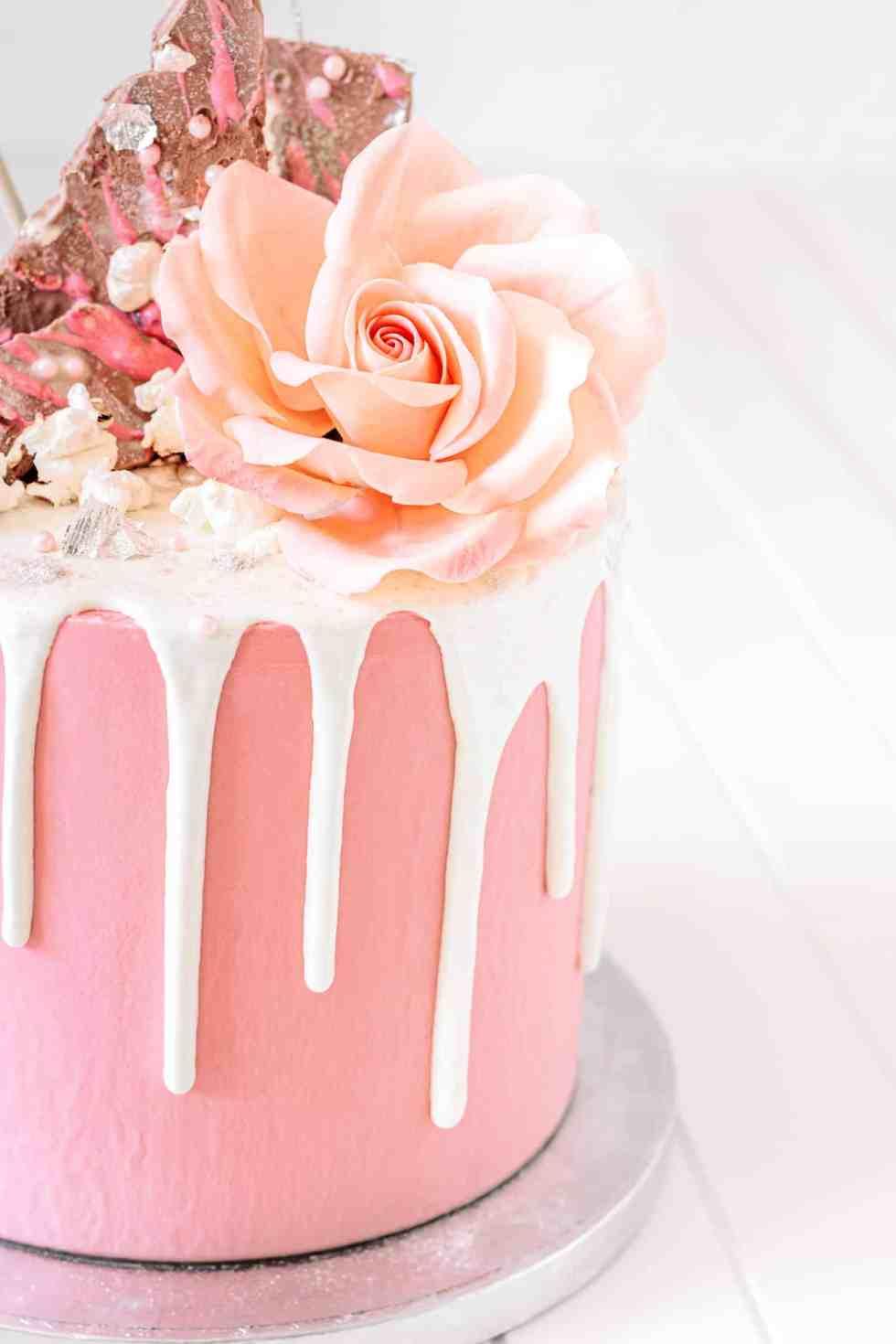 Layer cake girly chocolat et fraise