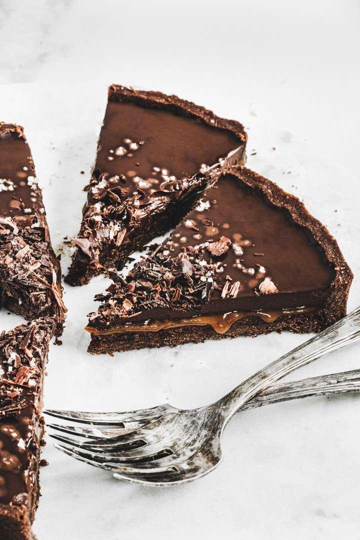 Best salted caramel chocolate tart recipe