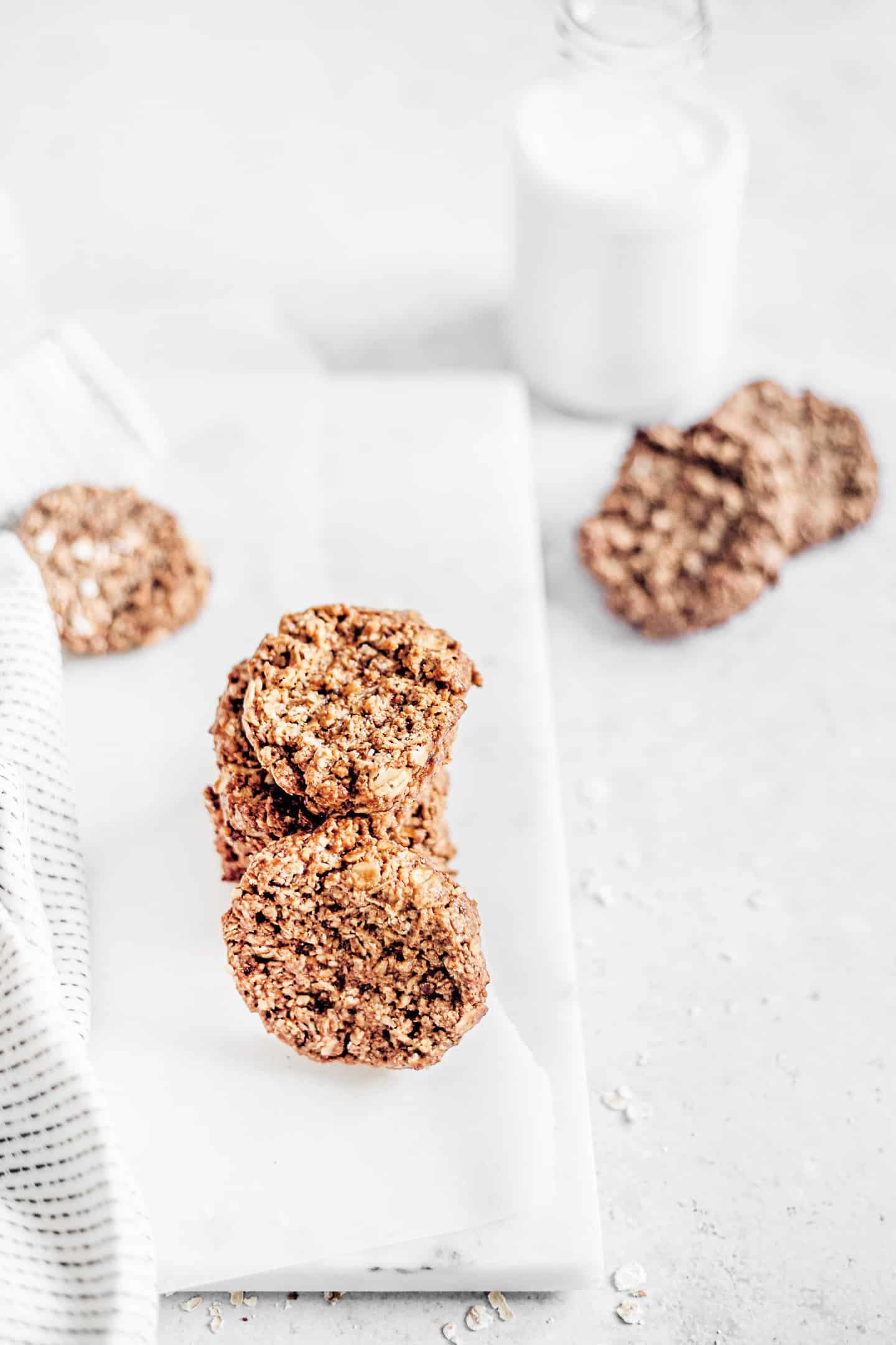 Recette des biscuits à la purée d'amanes et flocons d'avoine